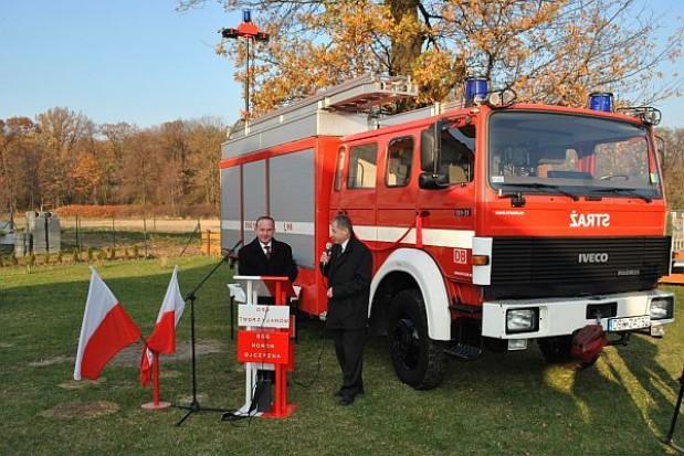 Samochód dla strażaków w Tworzyjanowie