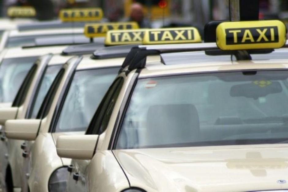 Nie zajmą się opłatami za taksówki
