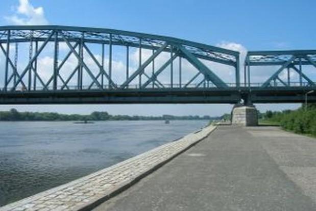 Most na Luciąży w Łódzkiem gotowy