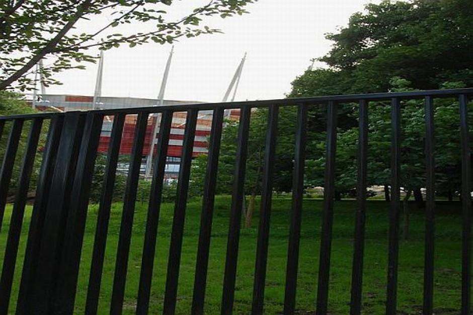 Stadion Narodowy ogrodzony