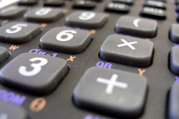 Okołobudżetowa cofnięta do komisji finansów