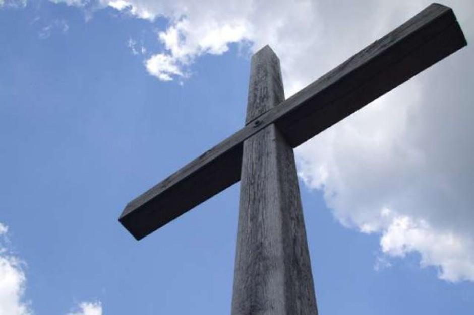 Radni opodatkowali krzyże przydrożne