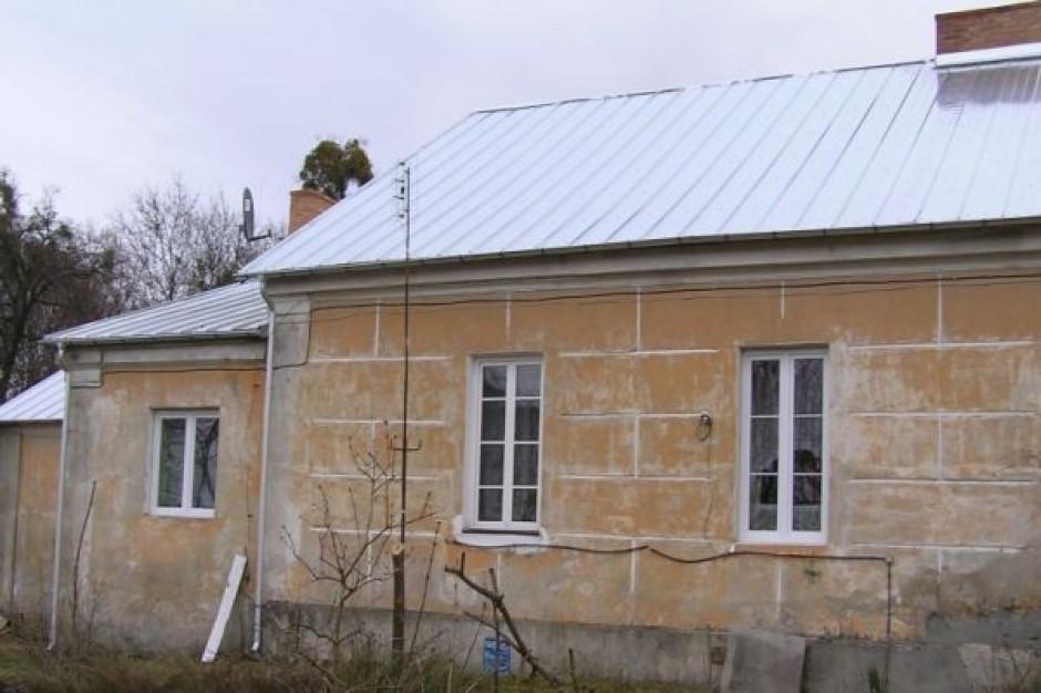 Remont dworu w Raciborowicach