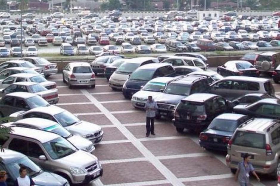 W Olsztynie brakuje parkingów