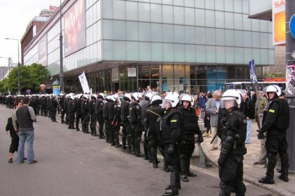Jeszcze więcej chętnych do pracy w policji