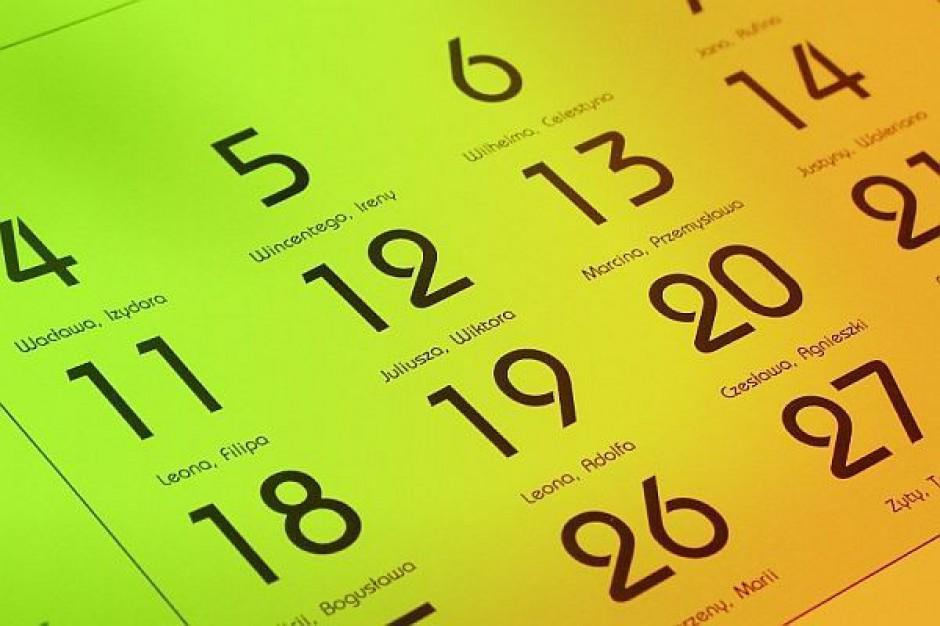 Miesiąc przemyśleń dla rządu i samorządów