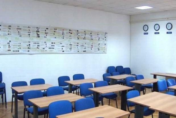 PiS przeciw likwidacji stołecznych szkół