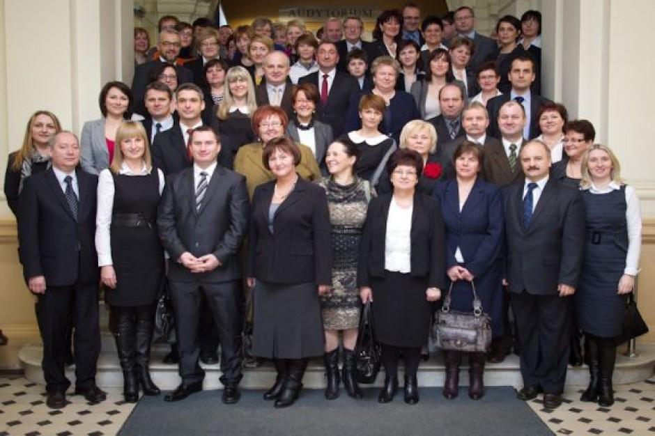 Samorządowi liderzy z dyplomem