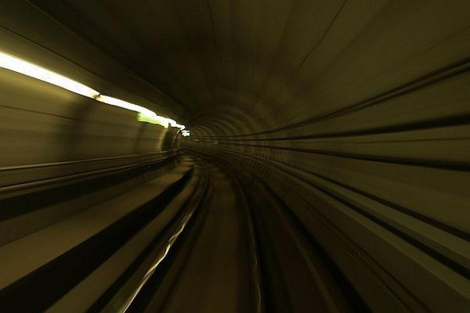 Tunel na lotnisko będzie wcześniej?