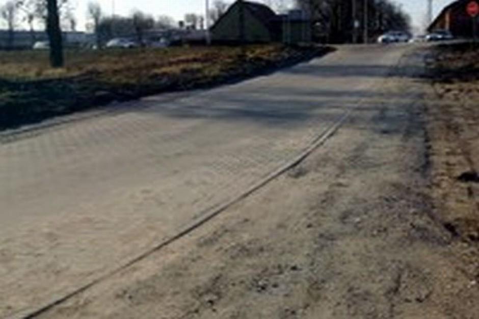 Niechciana droga w Przecławiu po remoncie
