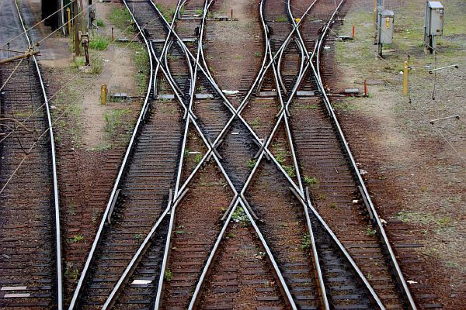 Przybywa kontroli ruchu kolejowego