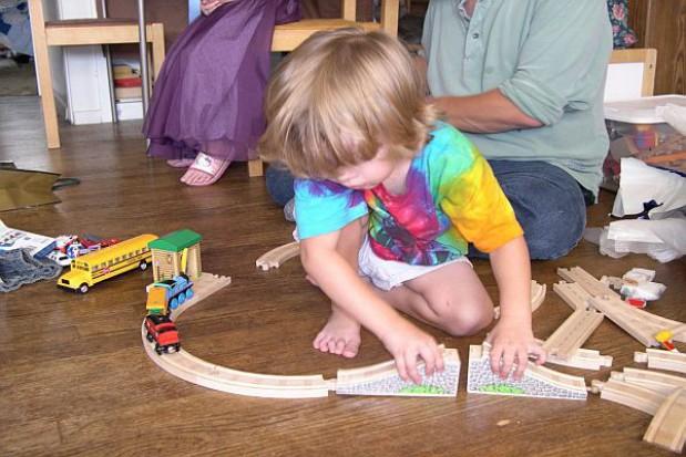 Podwyżki za przedszkole mniej drastyczne