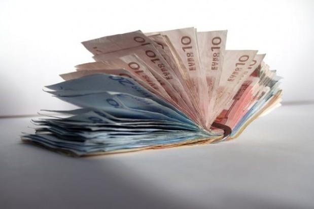 """Luka finansowa w projekcie """"Dorzecza Parsęty"""""""