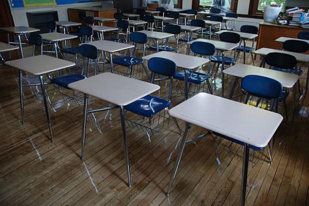 Kurator nie zatrzyma likwidacji szkół