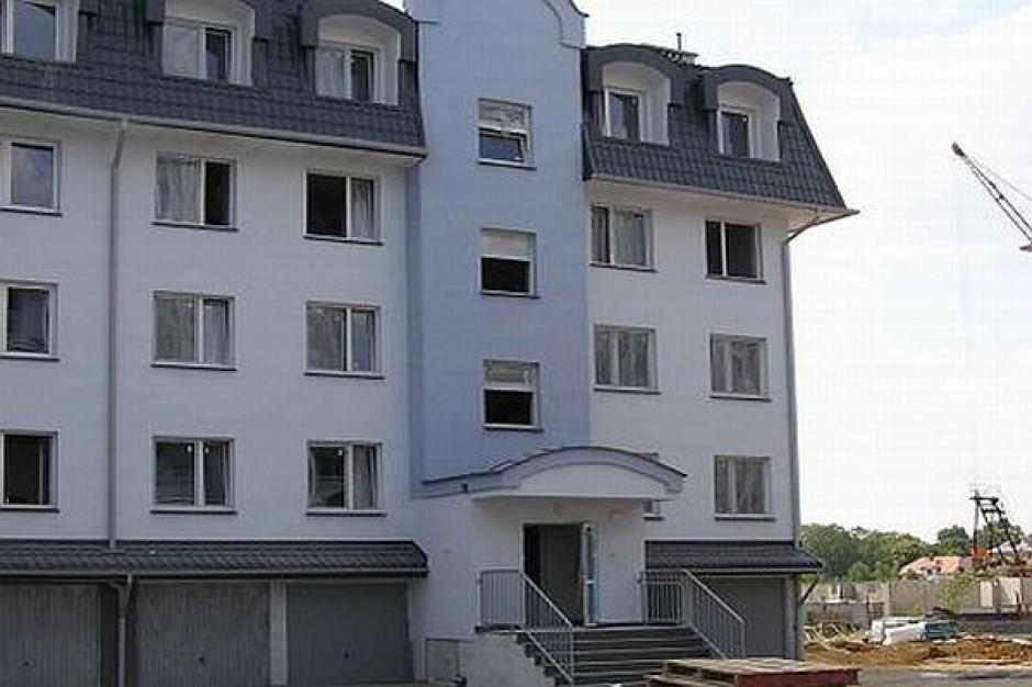 Sopot kusi młodych mieszkaniami