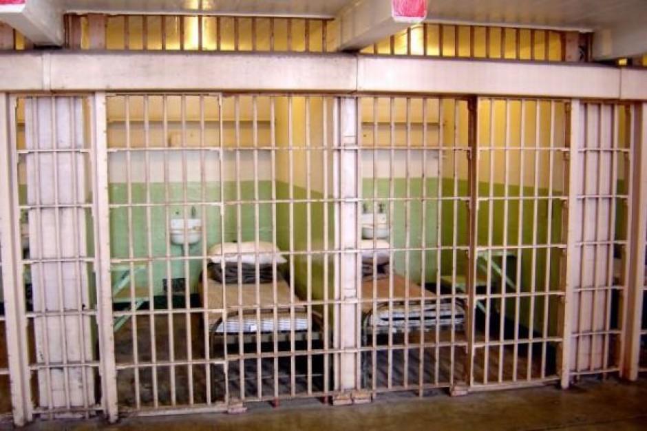 Kto zastąpi wójta siedzącego w areszcie?