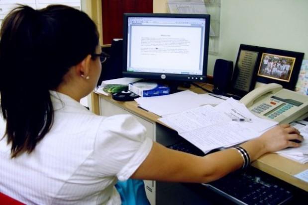 Sekretarz w gminie pod rygorem ustawy