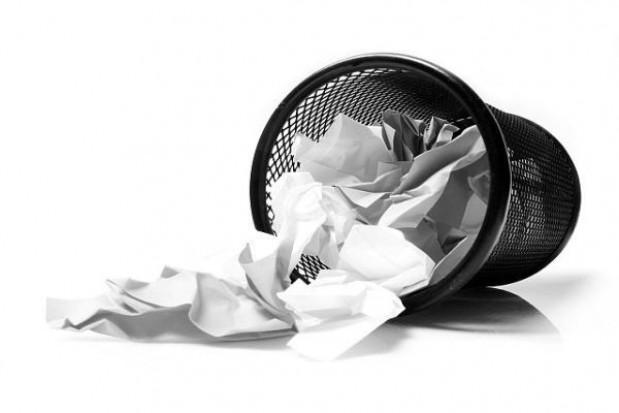 Dlaczego opłata za odpady jest bez VAT, a powinno być inaczej