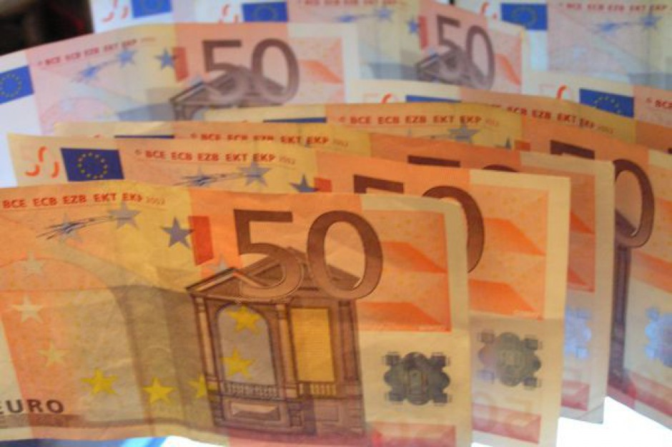 Wnioski o dotacje przekroczyły 100 mld zł