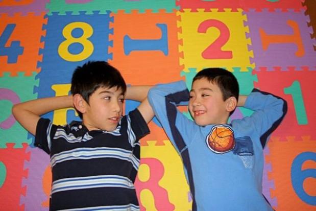 Model kształcenia dyskryminuje chłopców