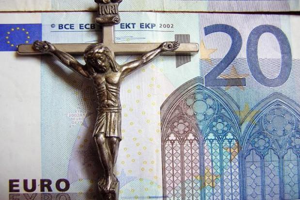Spór o pieniądze dla kurii diecezjalnej w Toruniu