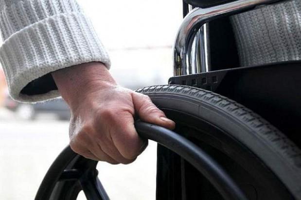 Więcej niepełnosprawnych ma pracę
