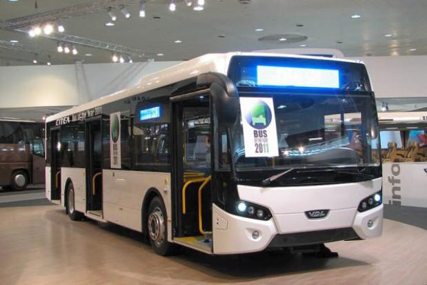 Autobus roku pomknie stołecznymi ulicami