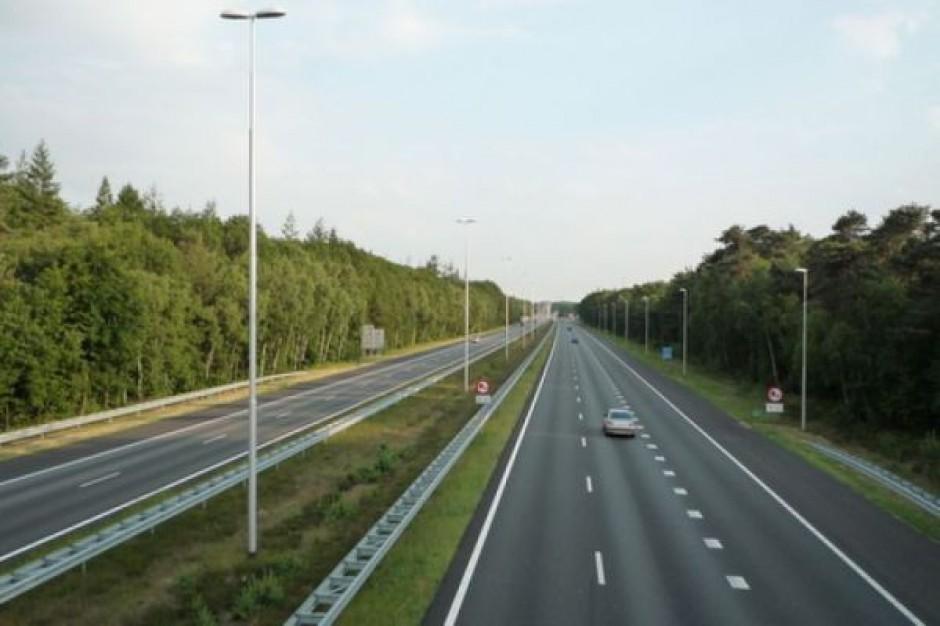 Pierwsze samochody pojechały autostradą