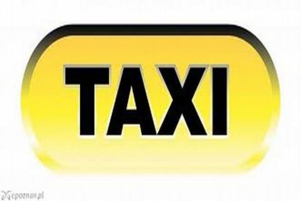 Protestujący taksówkarze na ulicach Warszawy