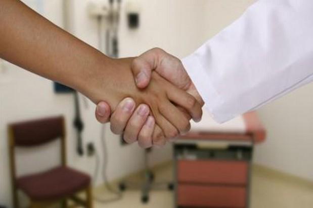 Dobre zarządzanie może uzdrowić szpitale