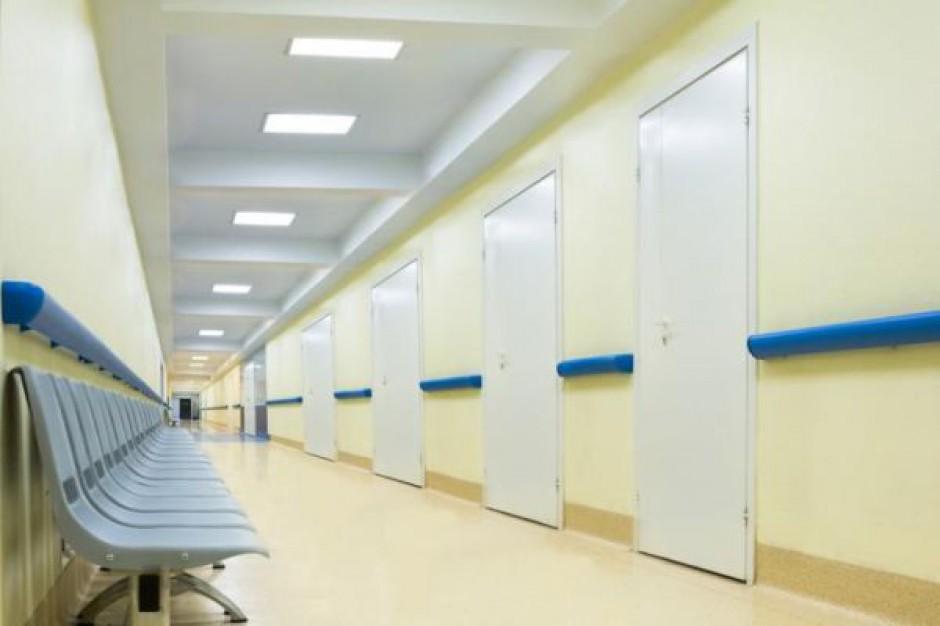Z powodu kryzysu mniej darczyńców szpitala