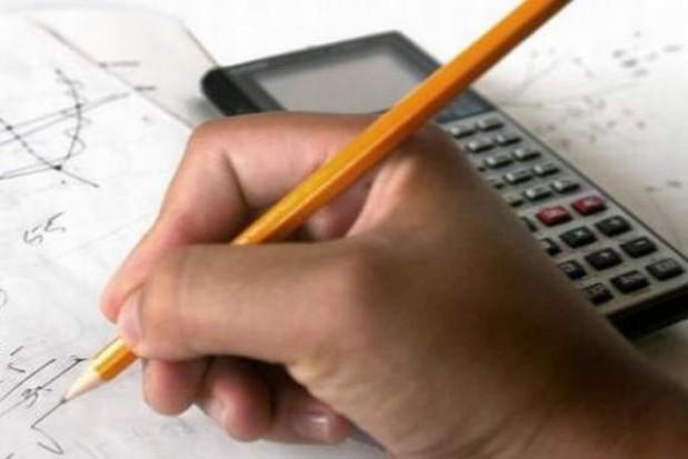 Czas na dodatkowe szkolne egzaminy