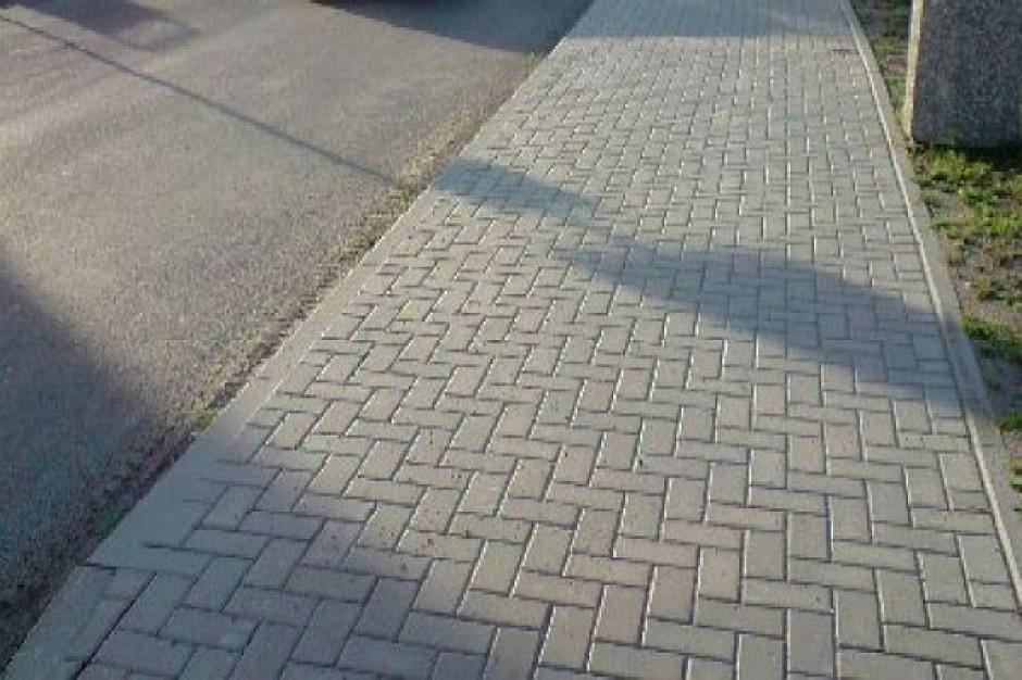 Włodawa. Dokończą chodnik i ścieżkę