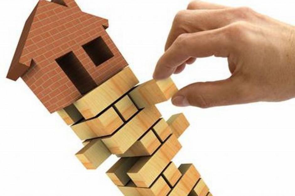 Samorządy ostro zahamują z inwestycjami