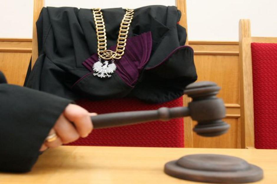 Radny PO z Pleszewa apeluje do Gowina ws. sądów