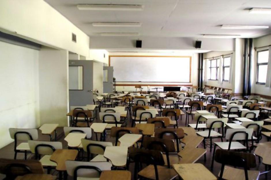 Zakończenie nauki w zlikwidowanej szkole