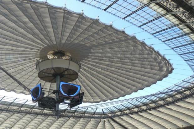 Stadiony szukają sponsorów
