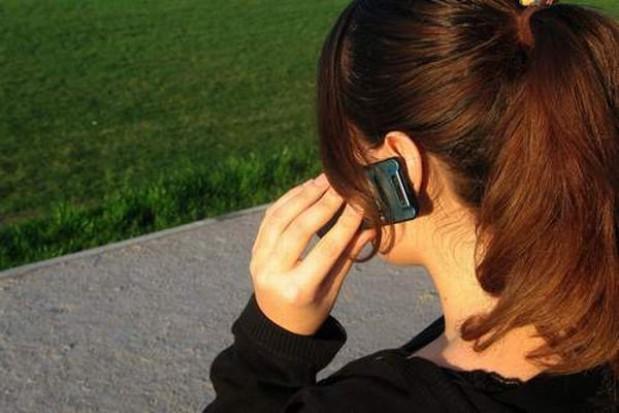 Telefony na kartę to zmora służb