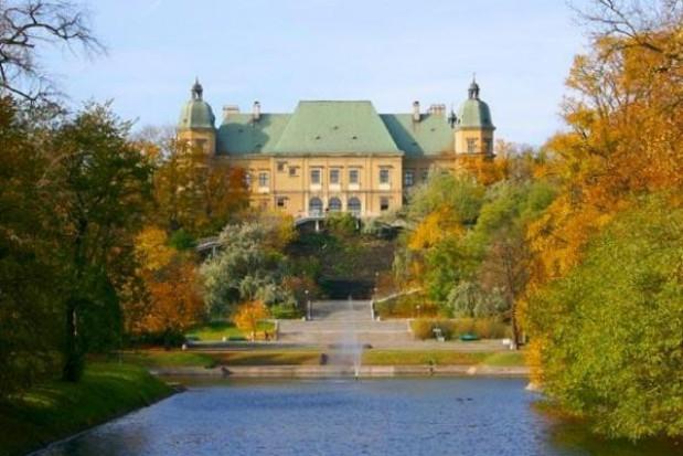 Zamek Ujazdowski latem w eko-odsłonie