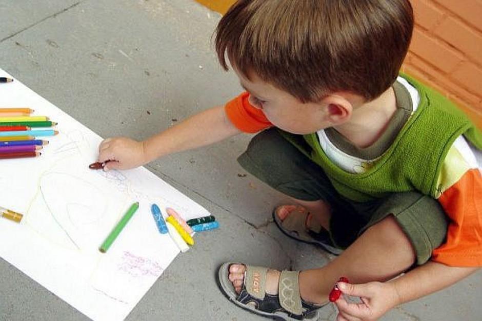 Toczy się  wojna na przedszkola