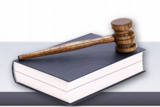 Samorządy łamią i omijają prawo?