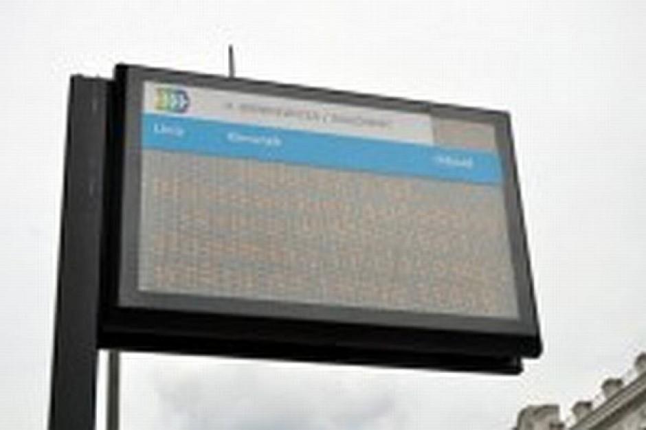 Elektroniczne tablice na przystankach
