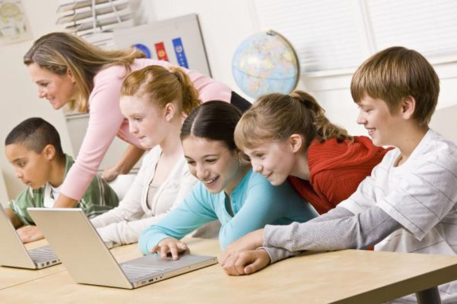 Szkoły nie wiedzą jak zamawiać cyfrowy sprzęt