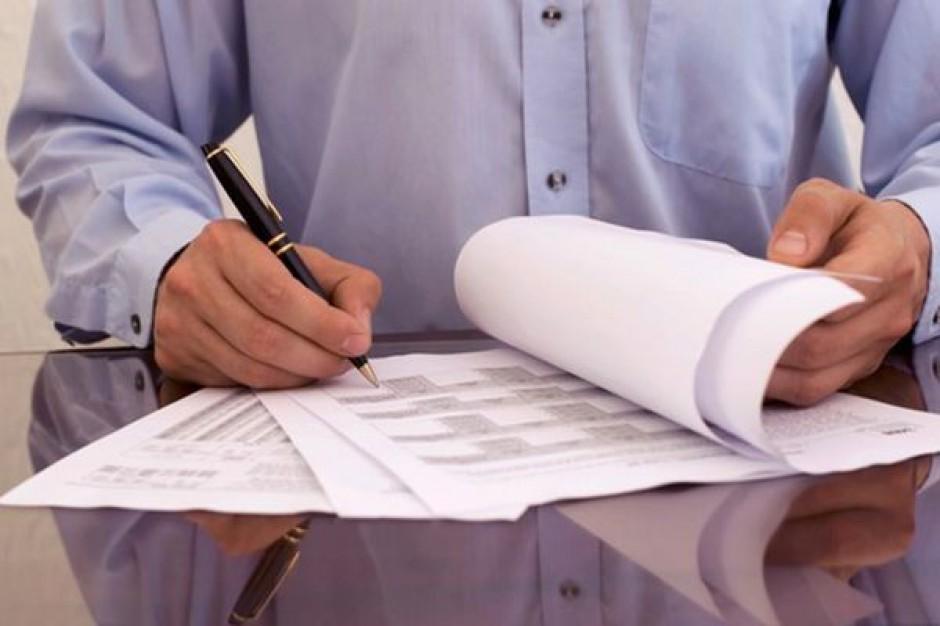 W Poznaniu zbierają podpisy pod projektem ustawy o dochodach jst