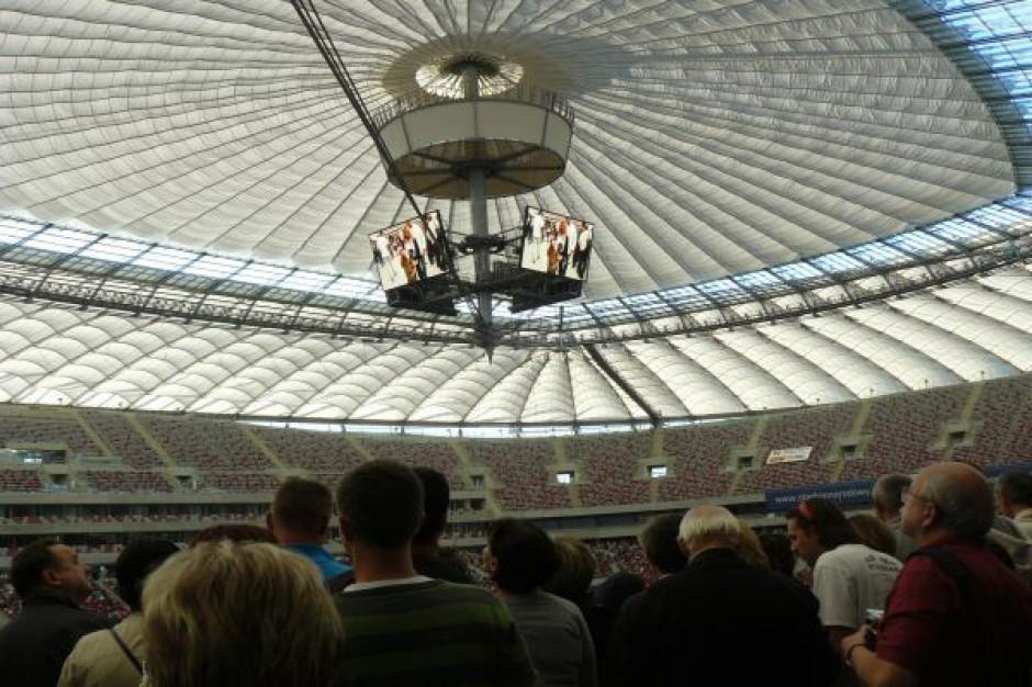 Stadiony muszą na siebie zarobić