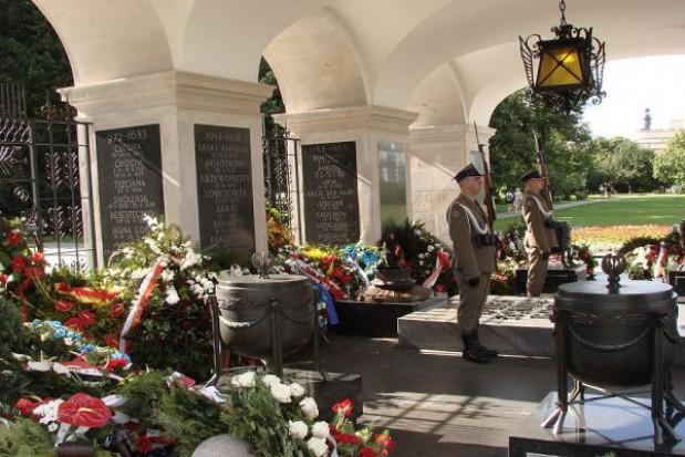 Złożyli wieńce pod Grobem Nieznanego Żołnierza