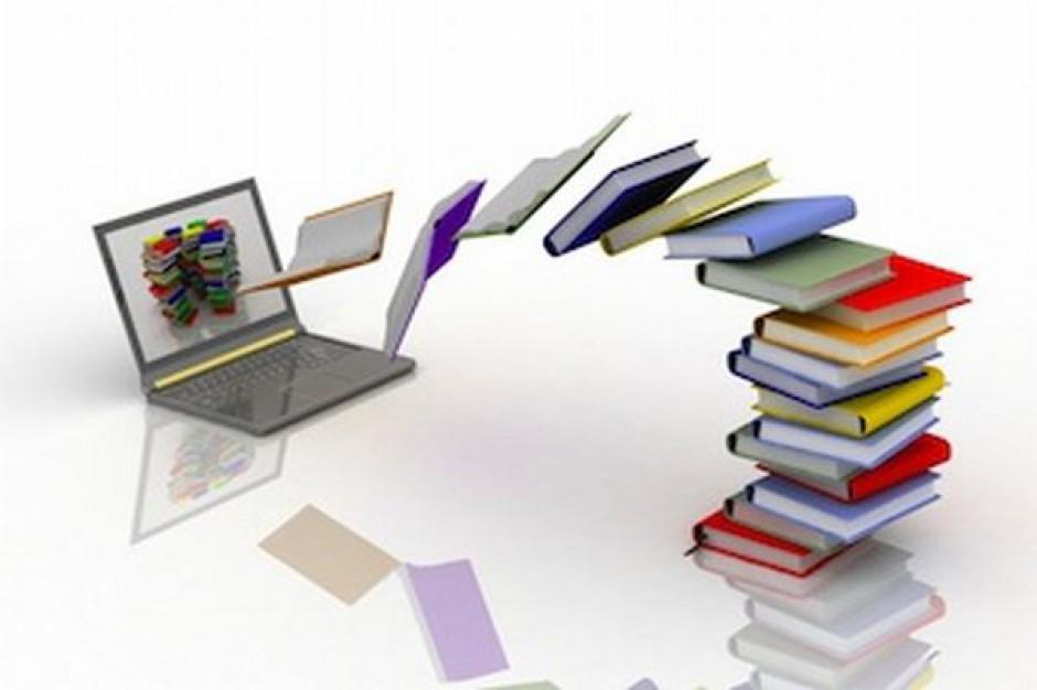 Konkurs na e-podręczniki w połowie siepnia