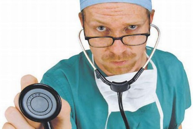 Medyk narażony na agresję