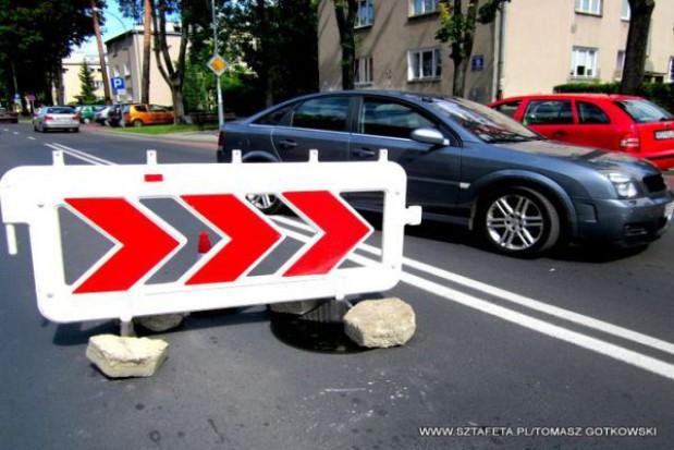 Problem zapadającej się ulicy