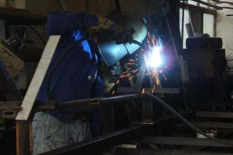 UM pomoże pracownikom upadającej fabryki?